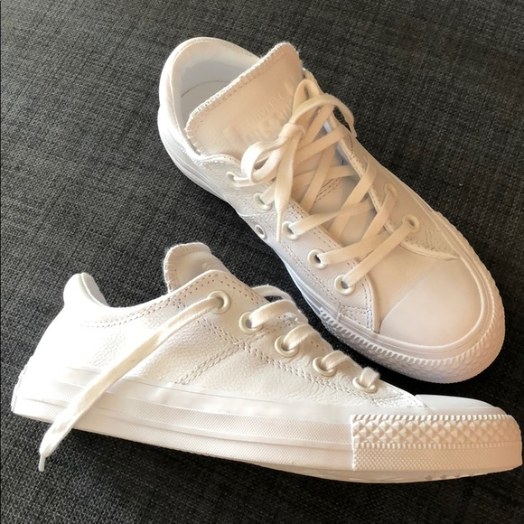 Converse Shoes - White Leather Chuck Taylor Madison Ox 1f9a52fbe